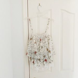 LC Conrad Cream Lace Butterfly Sleeveless Blouse